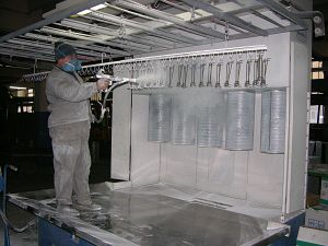Vopsitorie electrostatica NORDSON: vopelectr1_pjoa- polimerizare 210*C – usa cuptor 1,6×1,8m – adancime 4m