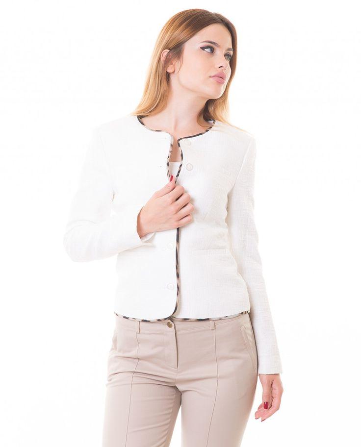 Karaca Bayan Ceket - Beyaz #womensfashion #jacket #ceket #karaca #ciftgeyikkaraca  www.karaca.com.tr