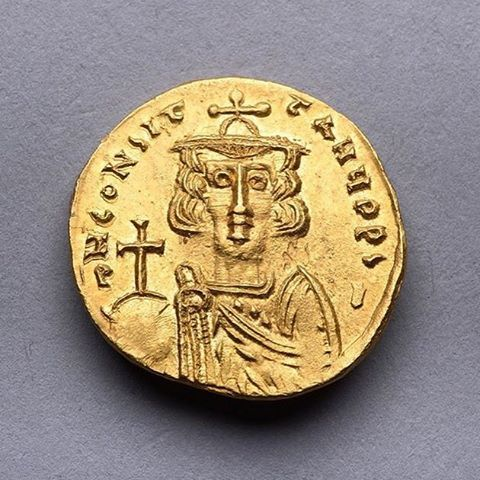 A rare ancient Byzantine gold solidus issued by Emperor Constantine IV at the Syracuse mint, circa 668 AD.