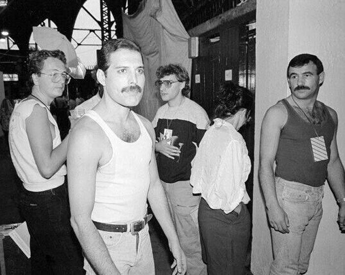 Las inéditas fotos de Freddie Mercury junto al novio que lo acompañó hasta el día de su muerte