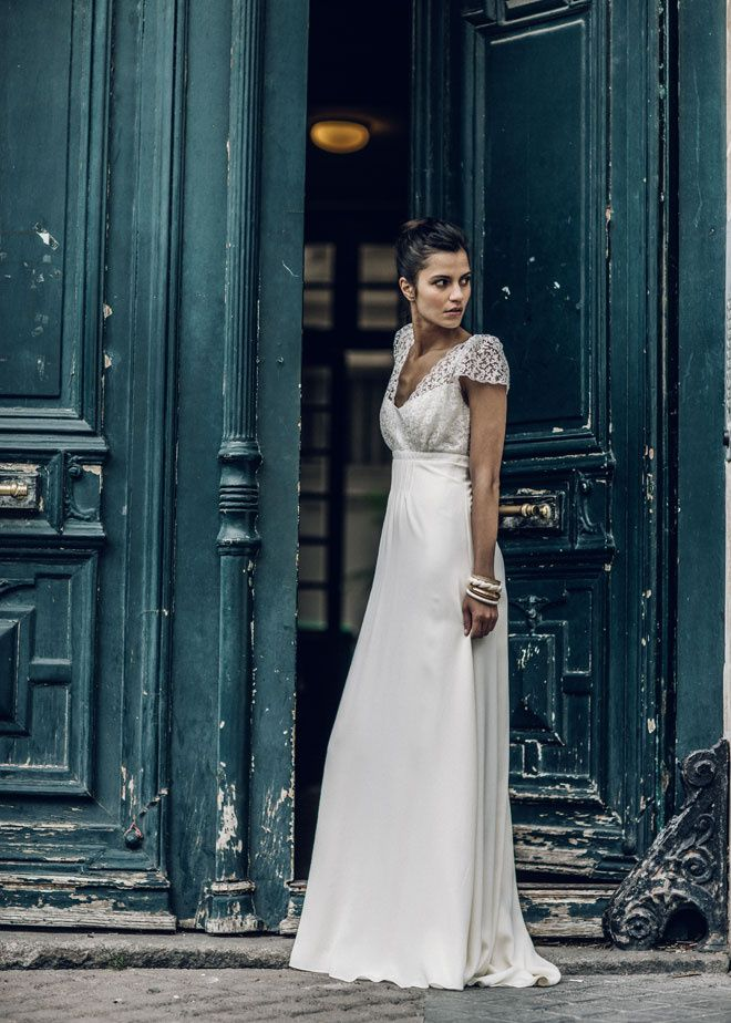 Laure de Sagazan dévoile sa nouvelle collection de robes de mariée 2016 robe de mariée en dentelle Paris http://www.vogue.fr/mariage/adresses/diaporama/laure-de-sagazan-dvoile-sa-nouvelle-collection-de-robes-de-marie-2016/21435#laure-de-sagazan-dvoile-sa-nouvelle-collection-de-robes-de-marie-2016-2