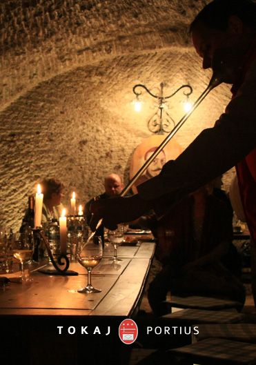 pince, cellar