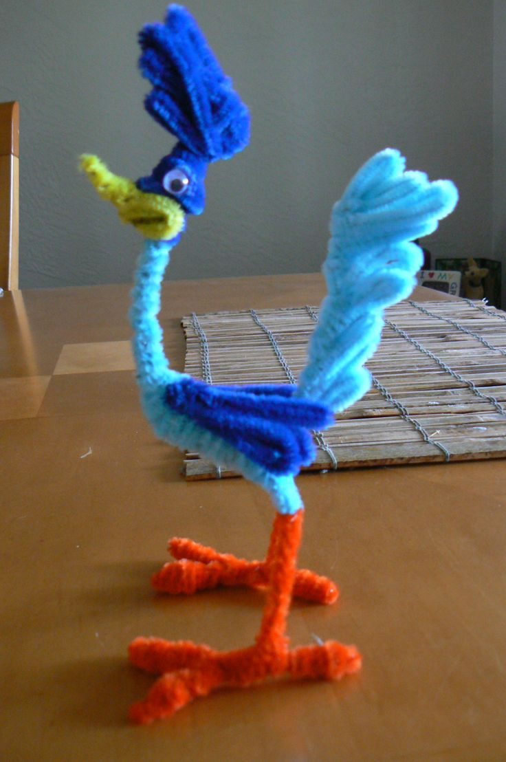 272 best craft pipe cleaner diy images on pinterest for Pipe craft