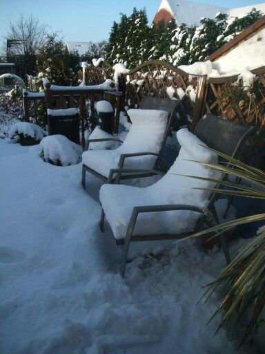 Snow cushions