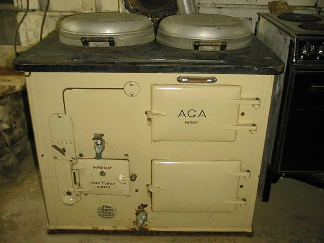 probably one of the early versions 22 best vintage aga images on pinterest   aga cooker aga stove      rh   pinterest com