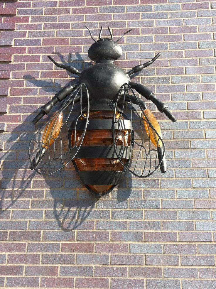 Bee lamp at Crystal Bridges Museum Hotel, Bentonville, AR