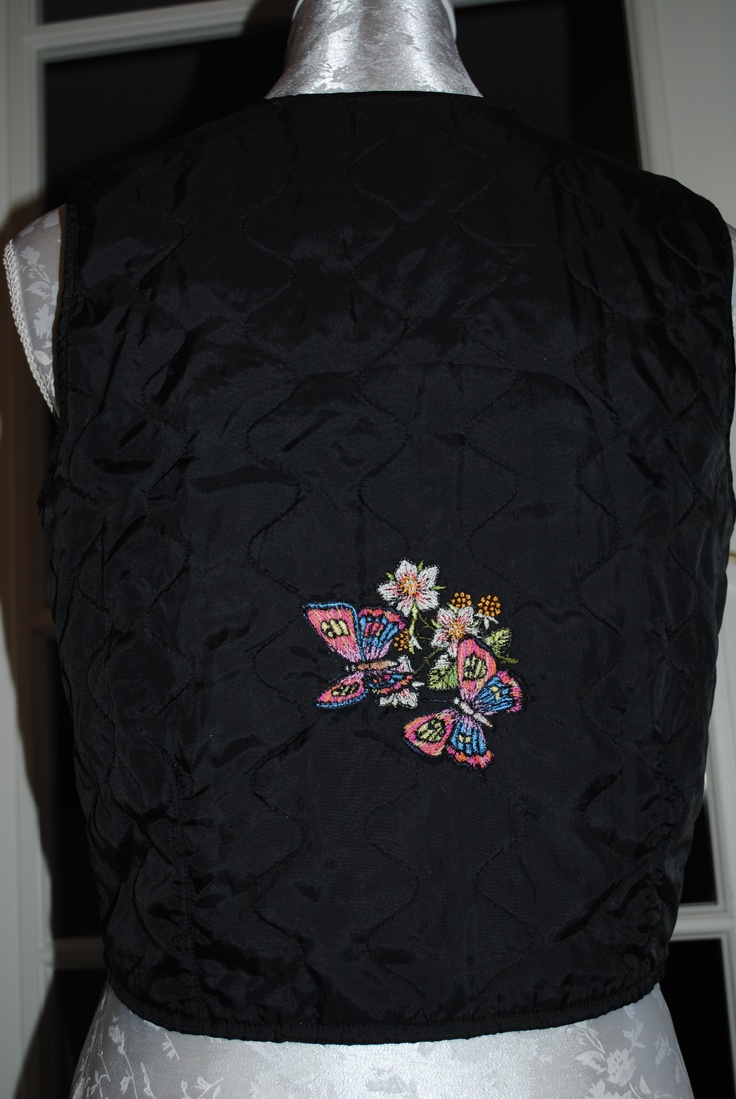 Vest med broderi Machineembroidery