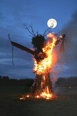 fire-wicker-man-at-camp.jpg 265×397 pixels