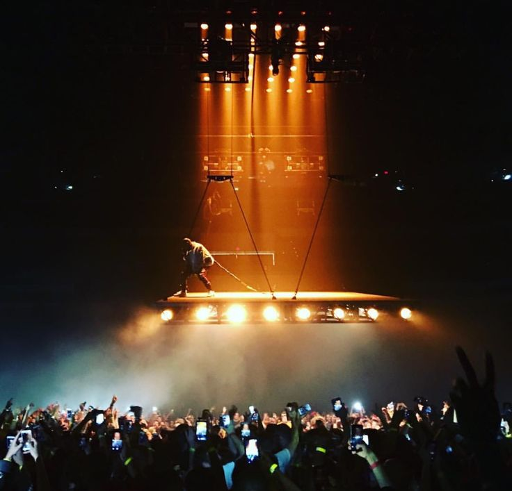 Saint Pablo Tour - Kanye West - 2016