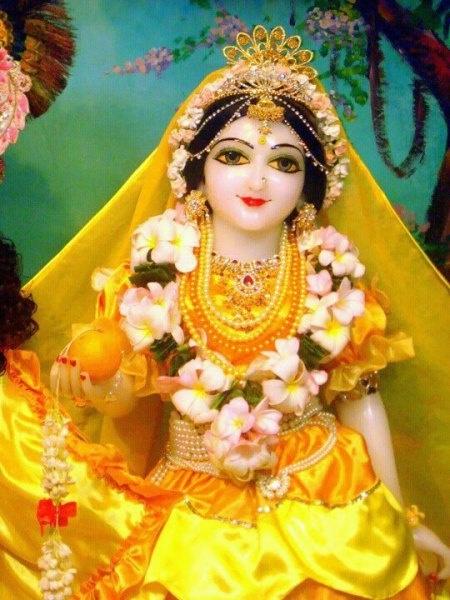 .Radha Rani Ki Jay.