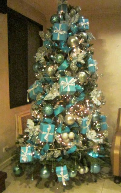 My Christmas tree theme for this year.  Tiffany & Co.