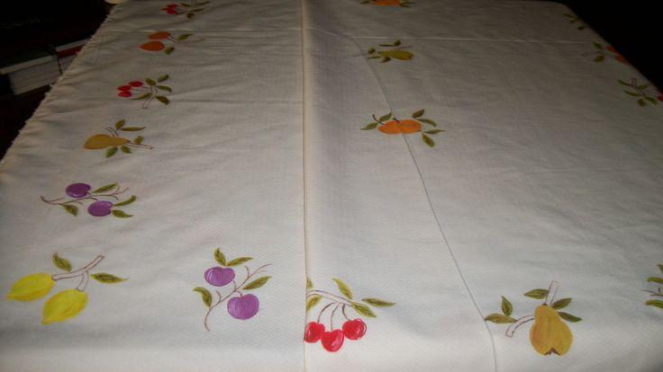 Mantel pintado con frutas pintura en tela pinterest for Manteles de tela