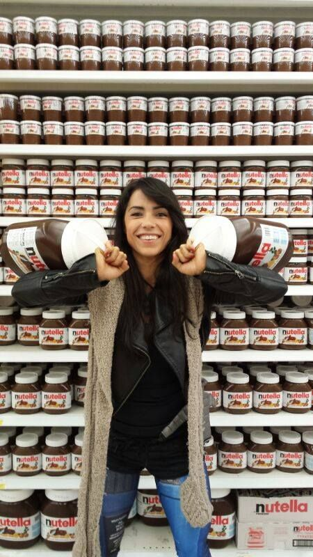 I didn't know you could buy Nutella that big!! Awesome!!