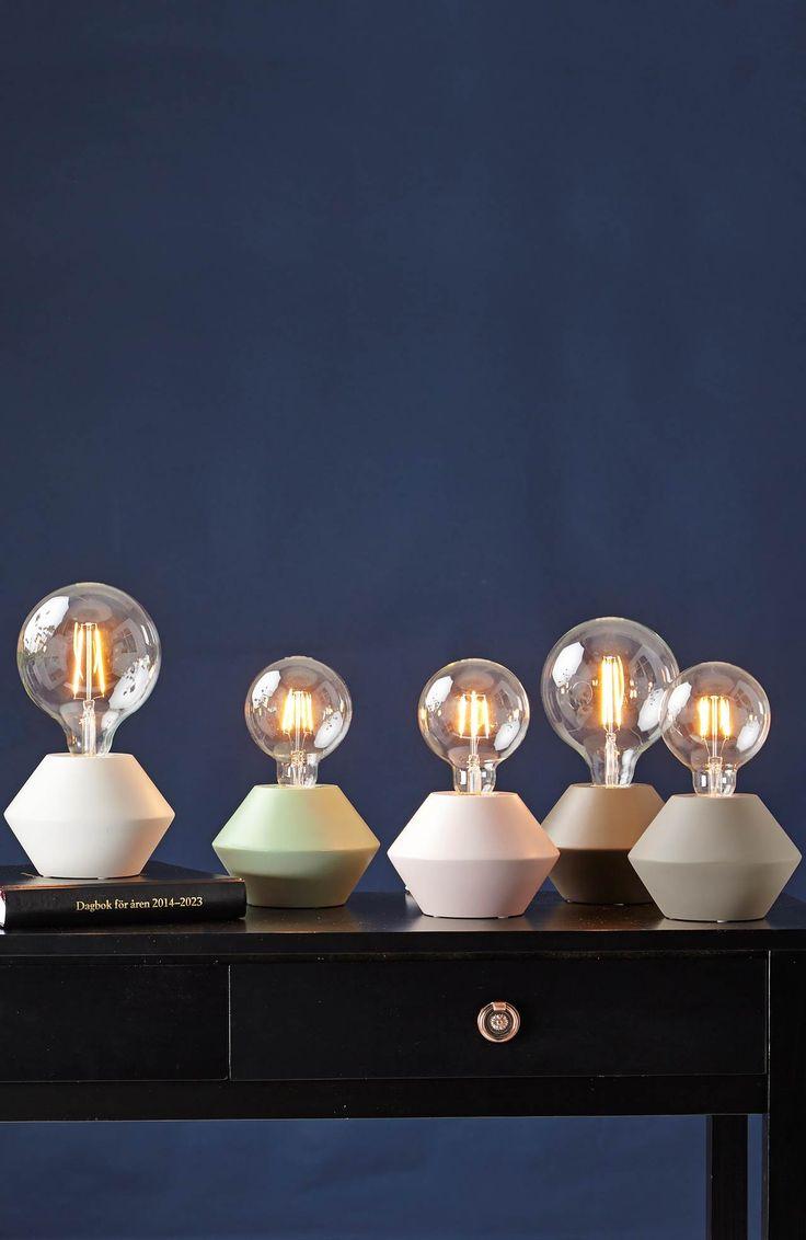 Lampa stojąca na stół // Star Trading  // Halens Home