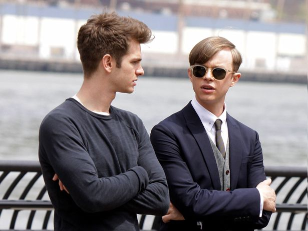 Andrew Garfield and Dane DeHaan spotted together on 'The Amazing Spider-Man 2' set.  http://spidermannews.com/2013/05/10/andrew-garfield-and-dane-dehaan-spotted-together-on-the-amazing-spider-man-2-set/