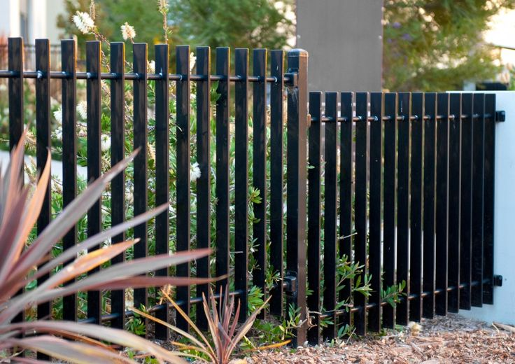 10 Slat Privacy All Hills Fencing On The Outside In