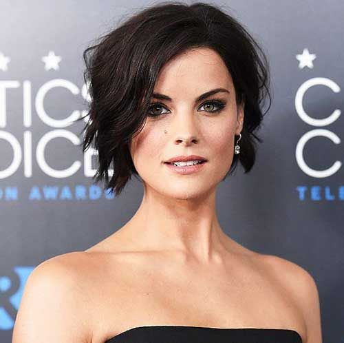 Short Female Haircuts 2014 – 2015 | http://www.short-haircut.com/short-female-haircuts-2014-2015.html
