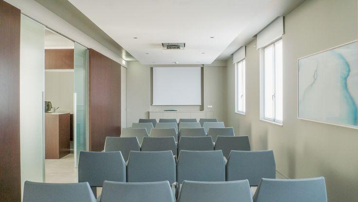 Sala corsi junior, una delle sale più raffinate del centro.