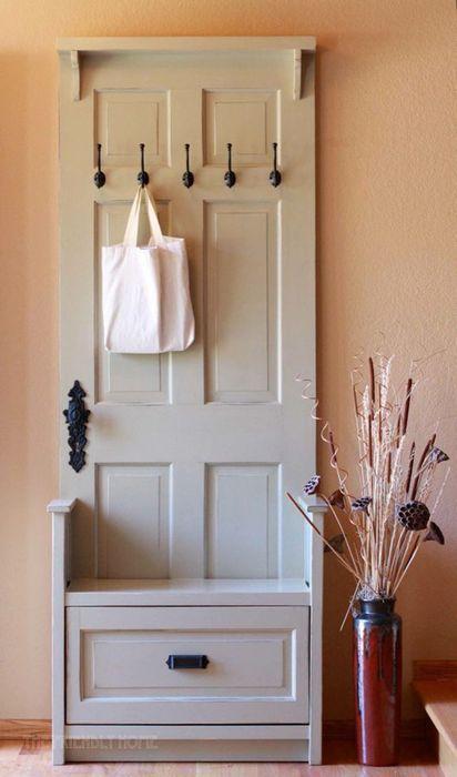 Мебель для прихожей из старой двери