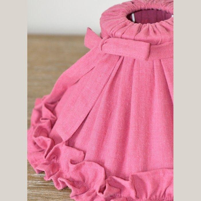 Abat jour en lin avec des Froufrou ambiance boudoir 100% Lin Déhoussable et Lavable en machine à 40° - Couleur rose fuchsia. Fabrication Française dans l'Atelier le Grenier d'Appoline.