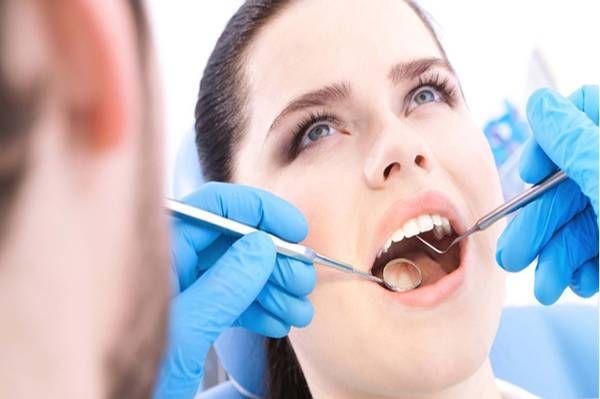 Klikk dette nettsted http://www.billigtannlegeoslo.com/ for mer informasjon tannlege Oslo senter. Finne en god kan tannlege for deg og din familie være en skremmende oppgave. Det er så mange tannleger i ditt område. Sitte gjennom dental helsen, poking rundt i munnen gapende, boring og sliping - ingen av dette er hyggelig. Derfor er det viktig at du velger best og mest kjente tannlege Oslo Centre og får tennene fast. Følg oss http://tannlegeoslosenter.blogspot.com