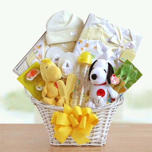 Baby Gfft Baskets - Peanuts Gang Baby Welcome Gift Basket at Gift Baskets Etc