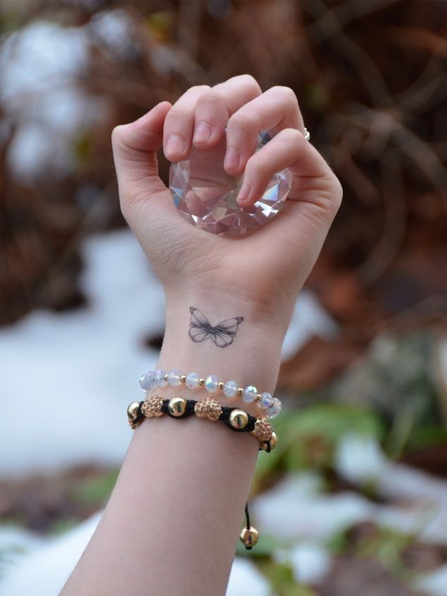 Little Butterfly Upon My Wrist http://raindropsofsapphire.com/2013/01/29/little-butterfly-upon-my-wrist/