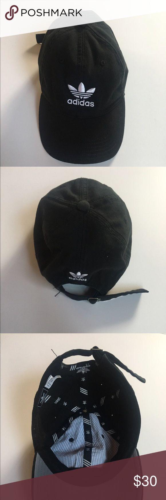 Adidas baseball cap Black and white baseball cap adjustable to fit adidas Accessories Hats