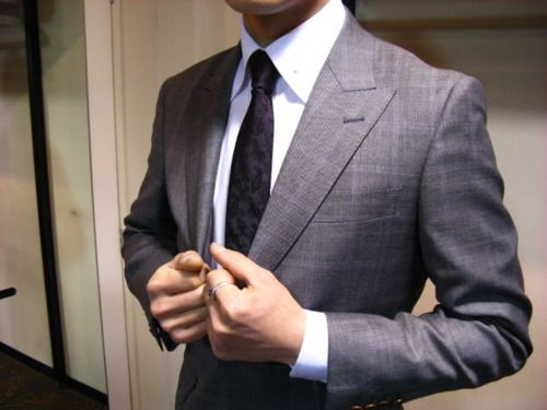 Tie + Shirt + Suit.  Classic.Men Clothing, Awesome Man, Grey Suits, Fashion Clothing, Men Style, Men Fashion, Men Suits, Luxury Suits, Awesome Men