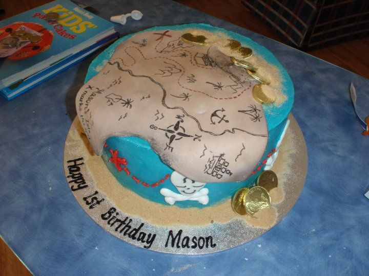 One of my earlier cakes - a treasure map cake with sugar sand!