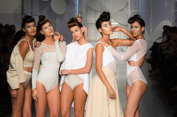 """Fashion Radicals estuvo en el desfile de #LYCRAMOVESCOLOMBIA: la """"juntancia"""" de la moda colombina"""