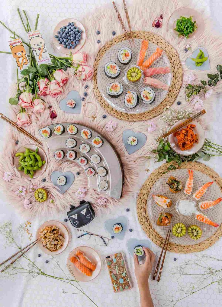 Create lovely sushi tablescapes with mix and matching glass plates like K is for Kani did! @kisforkani