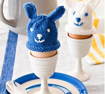 How To Knit Egg Warmers: The kids will love these cute egg warmers.