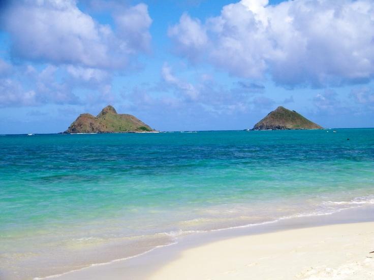 Lanikai, Hawaii ~ one of my favorite beaches!