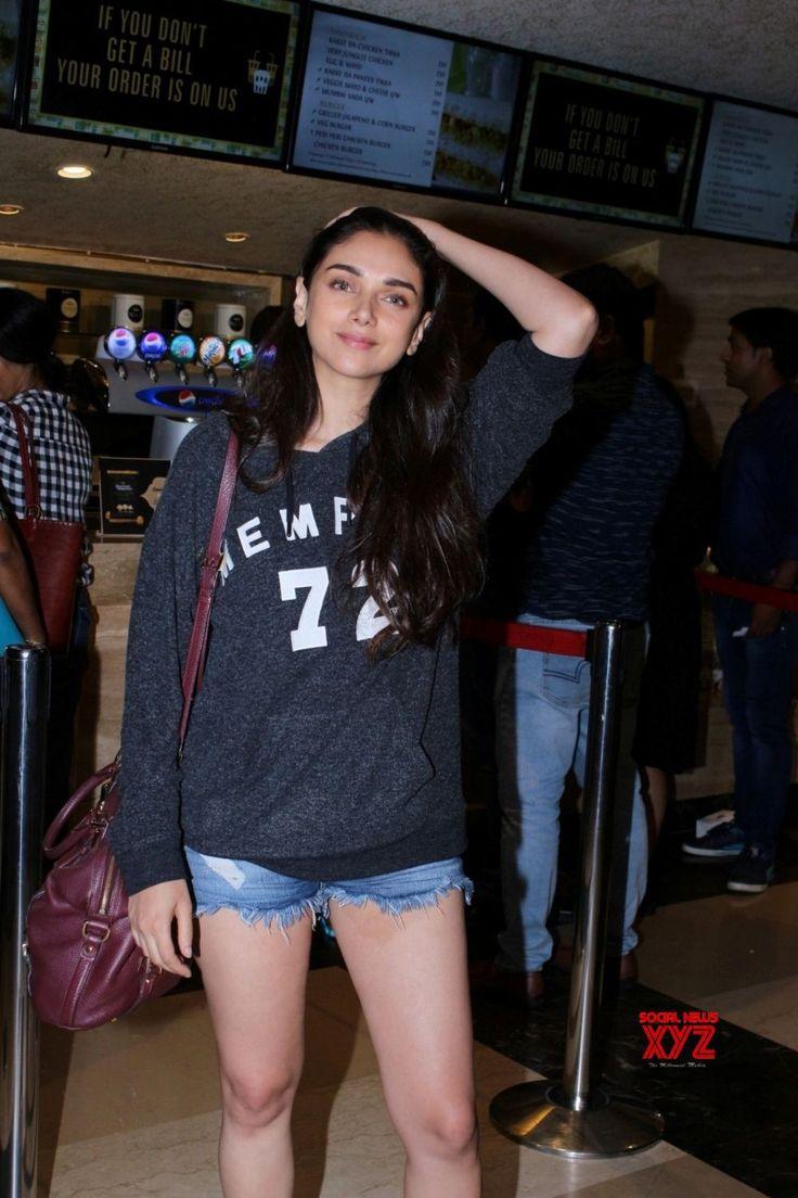 Mumbai: Aditi Rao Hydari and Konkona Sen Sharma spotted at Juhu PVR - Social News XYZ
