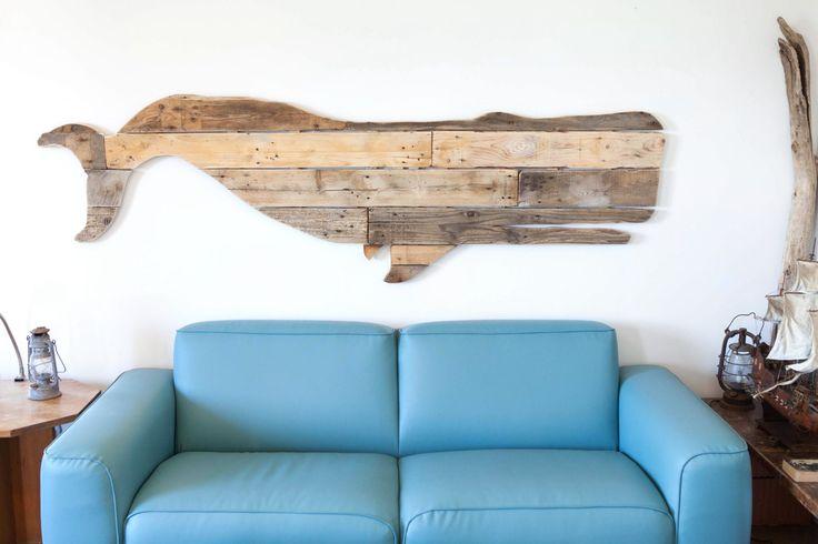 Moby Dick - Reclaimed Whale Wood Art- Nautical Wood Wall Decor- Wooden Ocean Wall Art - Articolo realizzato a mano con pallet di allaviacosi su Etsy