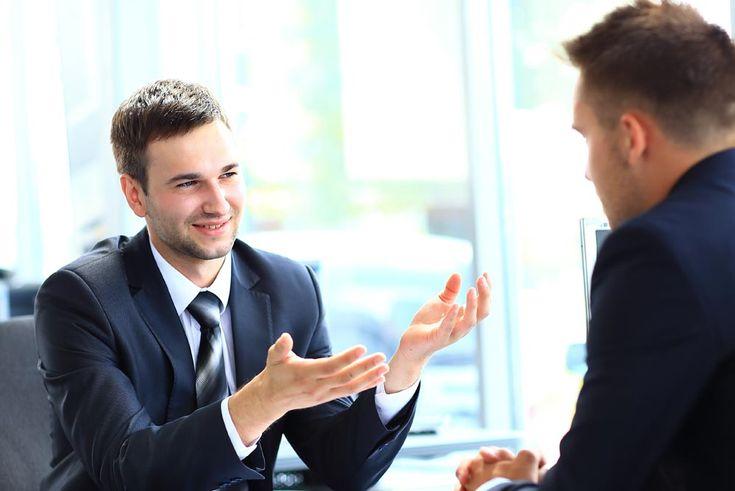 Argumentar é a arte de convencer e persuadir, é entender a razão do outro, demonstrando, provando; significa não estar contra o outro e sim junto ao outro. Clique aqui e confira esse artigo.
