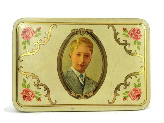 Biscuit en étain avec le Portrait du jeune par LeBonheurDuJour