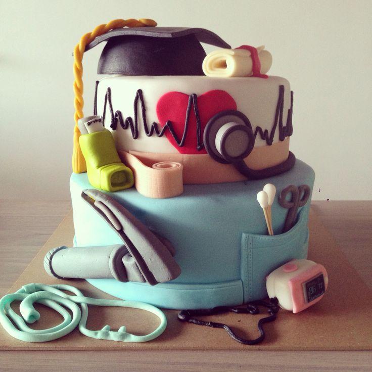 Respiratory therapy cake, doctor cake, amazing cakes, follow @eugeniainfantepastryshop on instagram  Torta terapia respiratoria