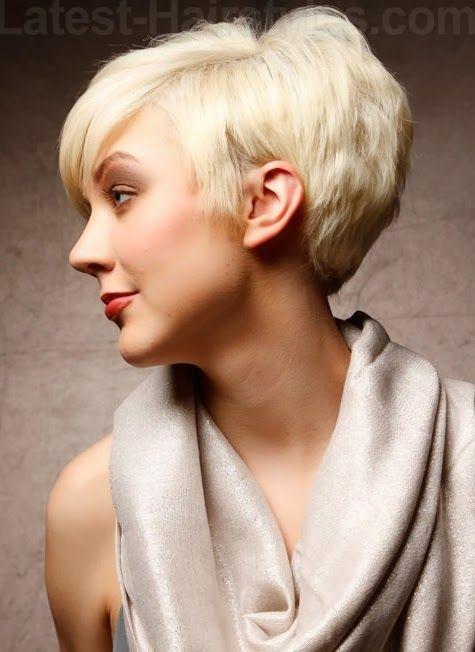kort+blond+trendy+kapsel+voor+steil+haar+2014.jpg (475×652)