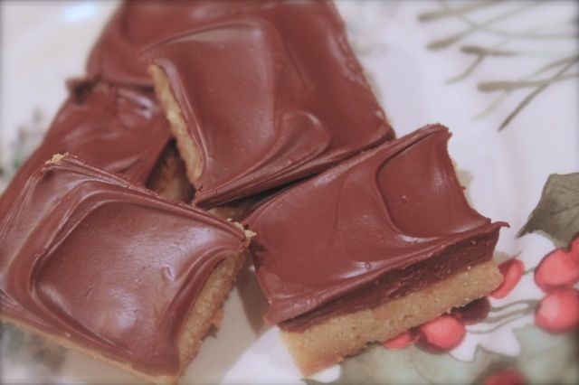 MISTY'S MORNINGS: Soft Toffee Bars {Christmas Cookies}