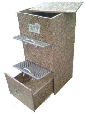 Las composteras de Dedo Verde Composteras están hechas con placas de tetra brik reciclado! Ideales para jardín, patio, terraza o balcón.  + www.dedoverde.com.ar