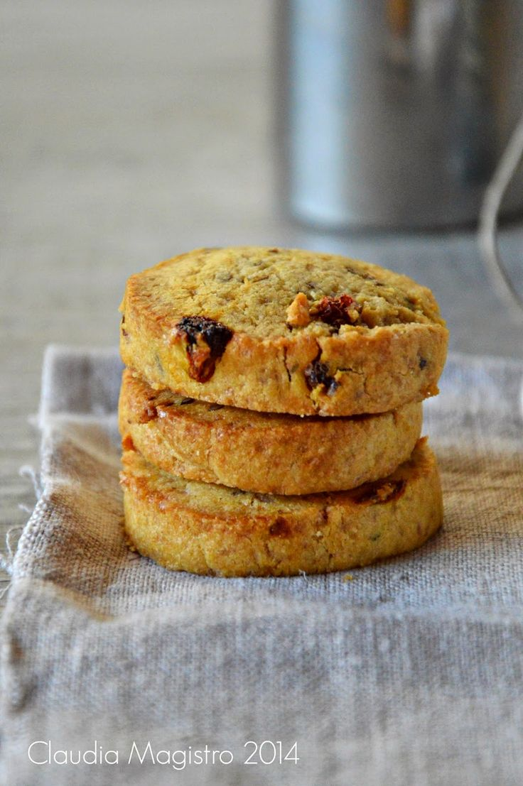 Scorza d'arancia: biscotti alle bacche di goji