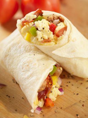 Egg white breakfast burrito - great for a high-protein diet! #recipes #teambeachbody #NNM