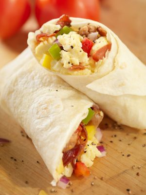 Egg white breakfast burrito - great for a high-protein diet! #recipes #teambeachbody #NNM