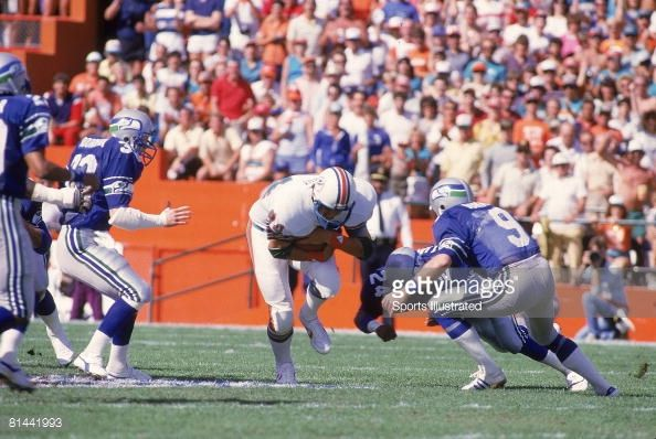 Miami Dolphins Football Players bruce hardy | AFC playoffs Miami Dolphins Bruce Hardy in action vs Seattle Seahawks ...