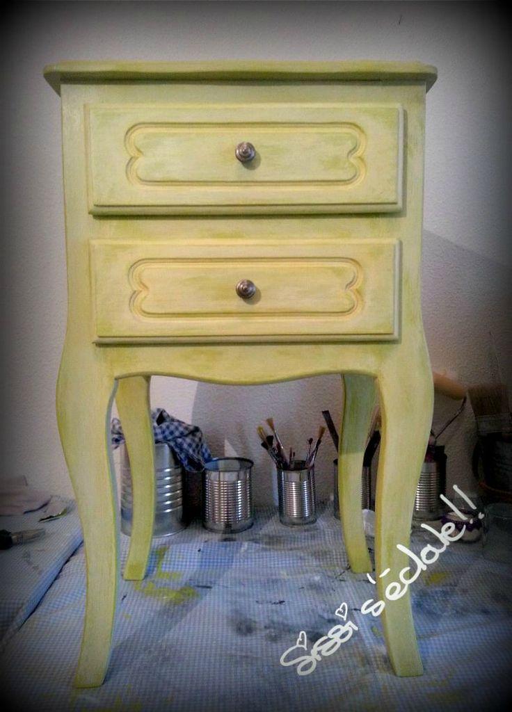 Les 25 meilleures id es de la cat gorie peinture liberon sur pinterest peinture meuble for Peinture liberon meuble