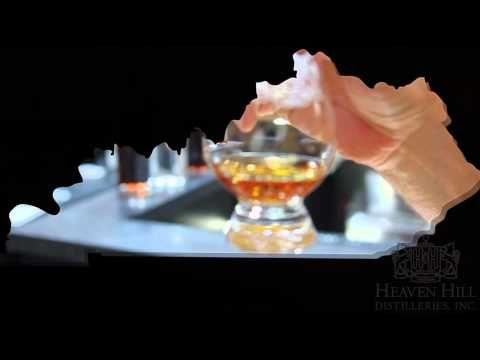 Bourbon Tours on The Kentucky Bourbon Trail® with Mint Julep Tours #bourbon #kentucky #kentuckybourbontrail