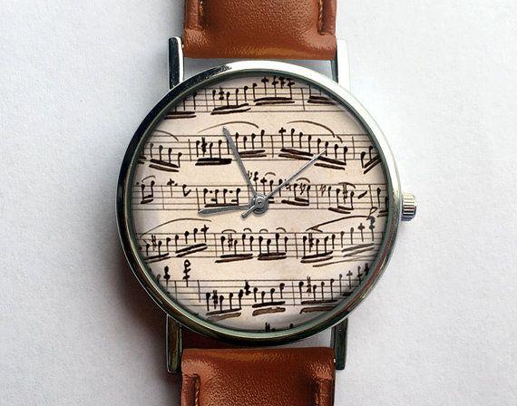 3 + 1 promo! Acquista 3 orologi ed ottieni un altro 1 gratis!  Fatecelo sapere nella nota alla casella venditore durante il checkout che guarda la libera desideri e noi faremo il resto =) ---------------------------------------------------------------------------------------------  Per la vendita è questo orologio incantevole che è nella foto sopra!  Il materiale tecnico:  Dimensionamento: regolabile da 16,3 cm (6,4 pollici) a 20,6 cm (8,11 inches) Movimento: Al quarzo giapponese Displa...