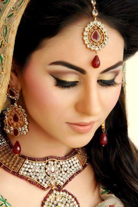 beautiful jewels and eye makeup